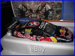 1/18 2015 Bathurst Winners Lowndes Richards Red Bull Holden Vf Commodore 18603