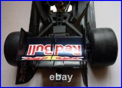 De Agostini Red Bull Racing RB7 /17 Nitro Weltmeisterauto Sebastian Vettel