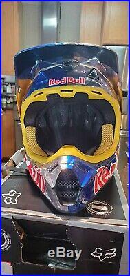 Fox V3 Red bull athlete Redbull helmet