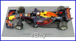 Spark 18S304 Daniel Ricciardo Red Bull Racing 2017 TAG Heuer RB13 F1 118 Scale